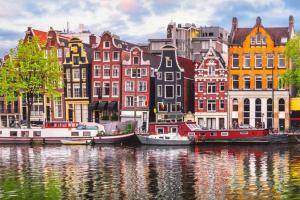 Produktbild von Berlin – Amsterdam: Alle Verbindungen und günstige Tickets bis zu 80% Rabatt