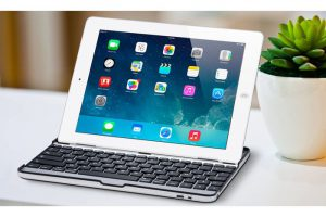 Produktbild von Avanca Aluminium-Keyboard für iPad 2/3/4, Mini oder Air 1/2