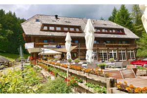 Produktbild von Schwarzwald: Doppelzimmer für Zwei inkl. Frühstück, 1x 2-Gänge-Menü und Wanderkarte im Kräuter Chalet