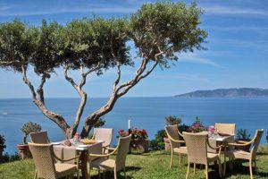 Produktbild von Toskana-Idylle mit Küsten-Panoramablick – Italienischer Charme inkl. Frühstück, Begrüßungsgetränk, Restaurant-Ermäßigung & Extras = 145 €