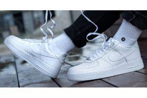 Produktbild von Sneaker bis zu 75% reduziert! Top Marken wie adidas, Nike, Reebok, Puma, New Balance uvm!