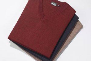Bild von Pullover mit Schurwolle, Farbe marine