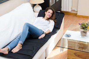Bild von Jocca Massage-Matratze mit 4 Massage-Bereichen: Nacken, Schultern, Lenden und Oberschenkel