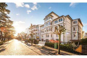 Bild von Rügen: Apartment oder Suite für Zwei inkl. Halbpension im Hotel Villa Belvedere im Ostseebad Binz